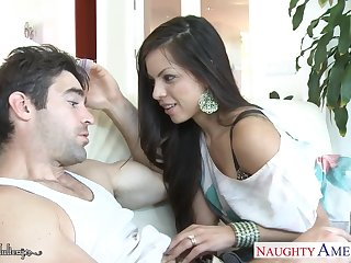 Sexy big boobies of marvelous cowgirl Yurizan Beltran bounce painless she rides Hawkshaw