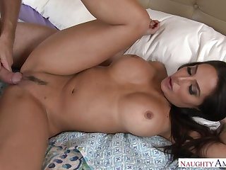 Lela Star fucking in along to bedroom everywhere her big ass