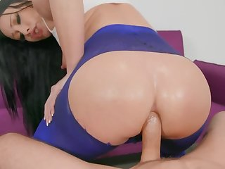 Jennifer White's big booty is getting gaped with Mick Blue's hard cock