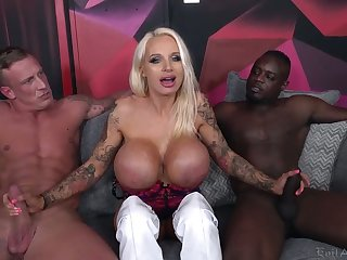 Some wild threesome upon a huge breasted MILF Sophie Anderson