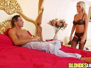 Blondes Love Gumshoe - Sexy Paige Ashley