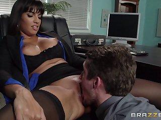 Mature devilish pornstar Mercedes Carrera in stockings enjoys sex