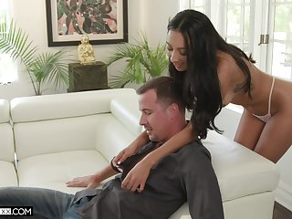 Tanned Cleopatra Kiarra Kai gives a deepthroat blowjob and takes hard penis in wet pussy