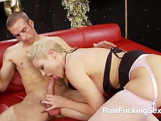 Raw Shacking up Sex - Perverse Cindy Behr Rammed Hard