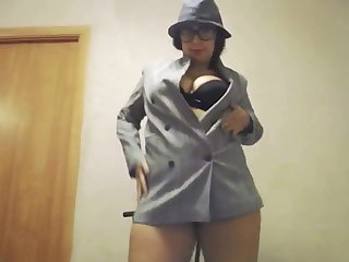Oversexed Girl with Beamy Aggravation Strip and Play Pussy