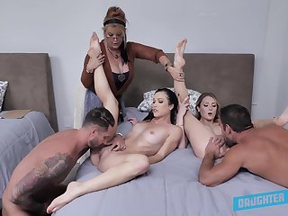 Nude orgy in bed with a pair of powered couples with an increment of their aunt